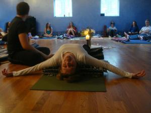 fish pose in yoga