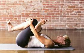 reclined-pigeon-pose-yoga