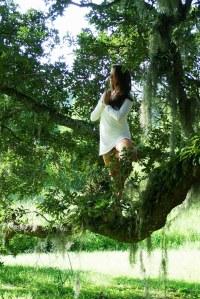 Woman-in-Tree-Yoga