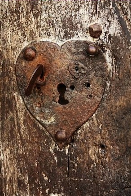 heart shaped key hole
